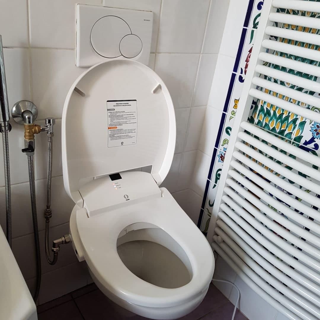 photo-qui-montre-installation-abattant-lavant-à-Biarritz-par-raphael-pacou-plomberie